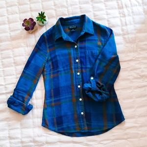 Lucky Brand blue flannel button up shirt